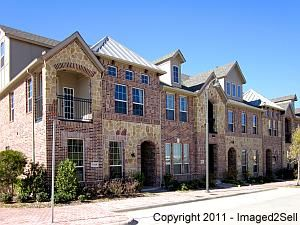 Luxury Townhomes at Legacy Town Center PreSelling Fast