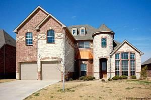 Little Elm TX Home For Sale 2617 Cedar Falls