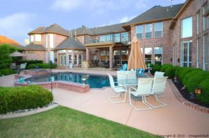 Pool Homes in Texas