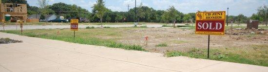 Brick Rown Richardson Texas Townhomes Selling Fast